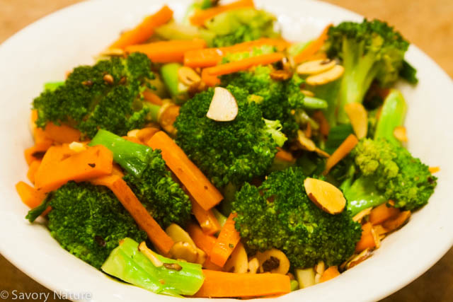 Broccoli Stir-Fry with Carrots and Almonds