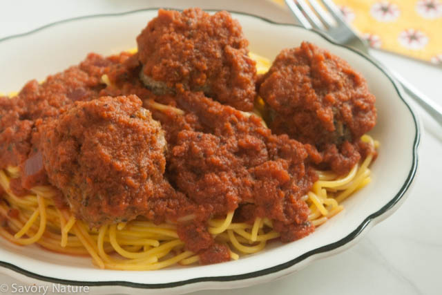 Nightshade-Free Marinara Sauce Over Spaghetti and Meatballs
