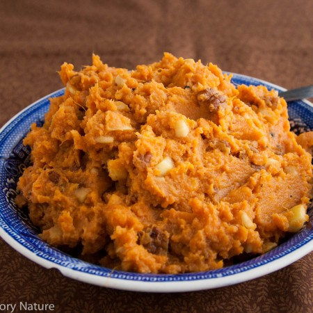 Sweet Potatoes with Apple and Pecans